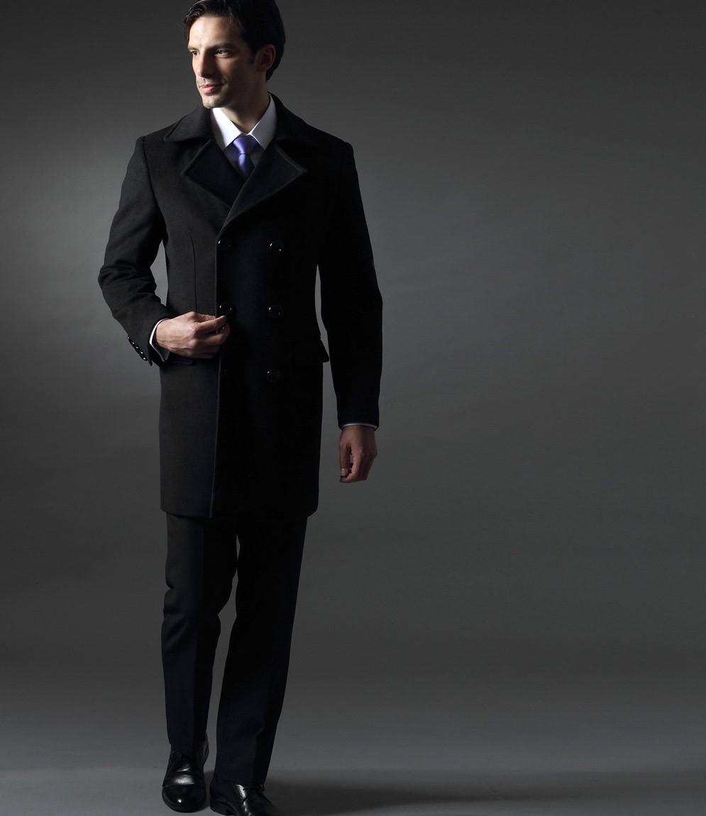 le manteau costume conserve son l gance tout en vous tenant chaud. Black Bedroom Furniture Sets. Home Design Ideas